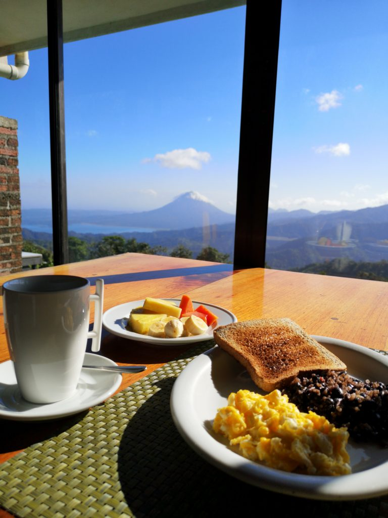 vista verde lodge breakfast