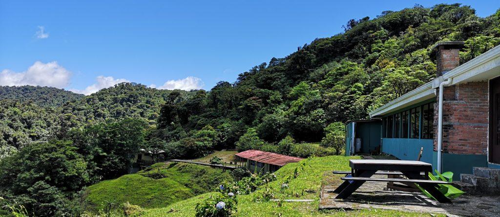 vista verde lodge garden
